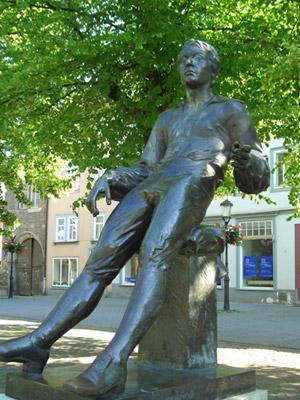 Bachdenkmal auf dem Arnstädter Marktplatz