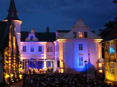 Impressionen: Open Air im Schlosshof 2010